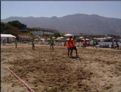 Akkum'da Plaj Futbolu Başlıyor