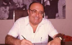 İzmir'in usta gazetecisi Acar Tuncer vefat etti