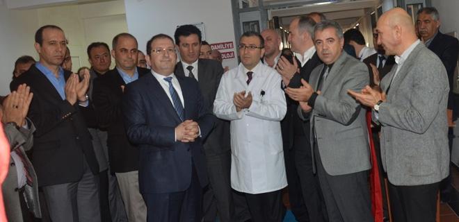 Hastane açılışında siyasiler bir araya geldi