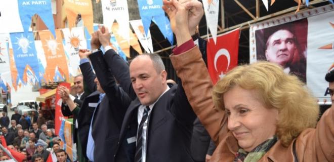 AK Parti merkez seçim bürosunu açtı.