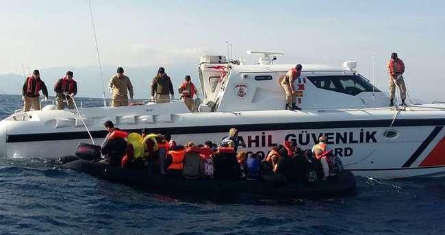 Seferihisar açıklarında 45 göçmen yakalandı