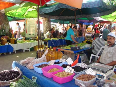Seferihisar'da pazar 3 gün kurulacak